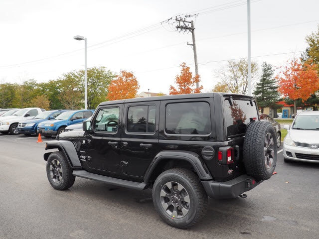 New 2018 JEEP Wrangler Unlimited Sahara