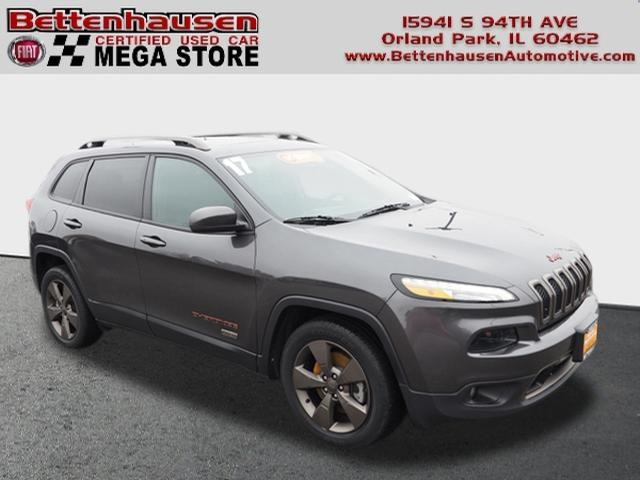 Pre-Owned 2017 Jeep Cherokee Latitude