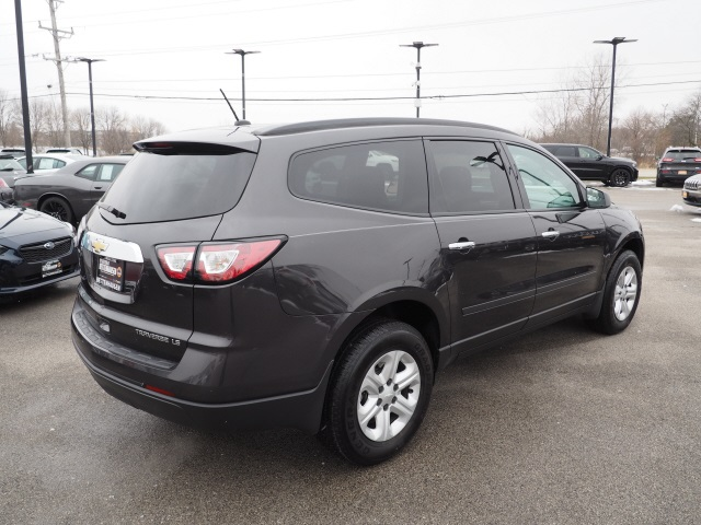 Pre-Owned 2014 Chevrolet Traverse LS