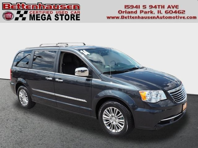 Certified Pre-Owned 2014 Chrysler Town & Country Touring L
