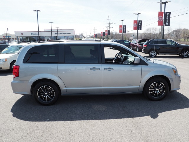 Pre Owned 2019 Dodge Grand Caravan Gt 4d Passenger Van In Orland