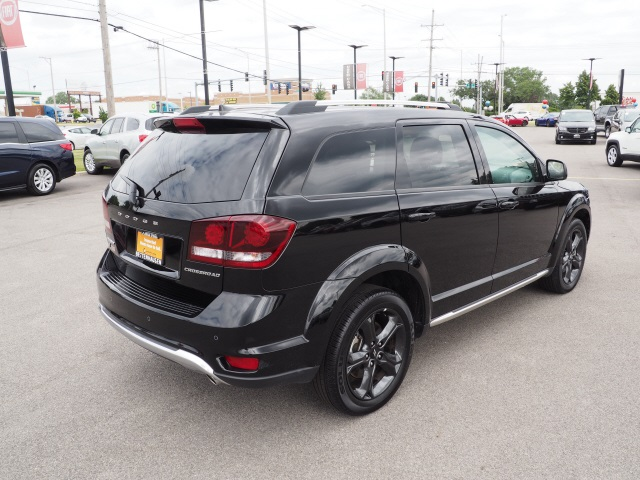Certified Pre-Owned 2018 Dodge Journey Crossroad